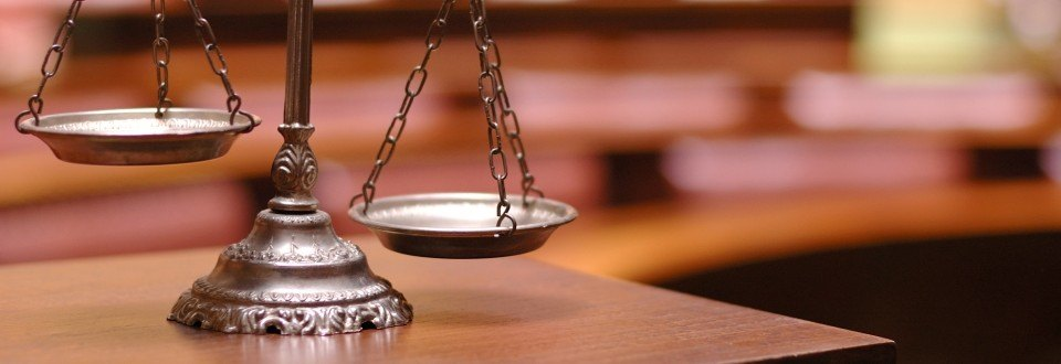 резюме юриста судебника