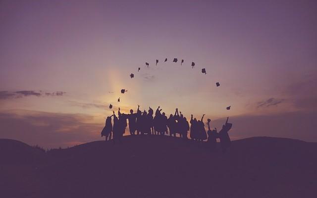 Летняя школа, стажировка или волонтерство — что выбрать?