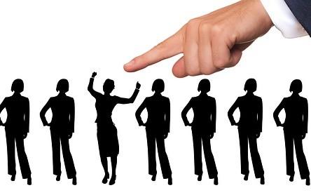 Стажировки в HR-отделах крупных компаний Москвы и Санкт-Петербурга – ваш шанс построить карьеру в кадровой сфере