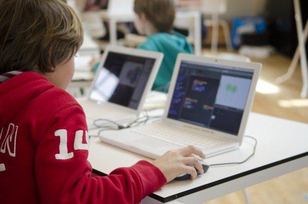 Google и Microsoft сделают из школьников программистов